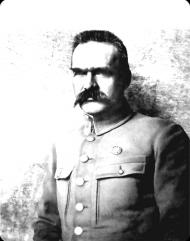 Józef Piłsudski koszulka biala