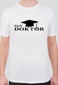 obrona pracy doktorskiej - pan doktor biała koszulka