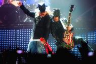 Koszulka Guns N' Roses (Axl Rose + DJ Ashba) - www.gunsnroses.com.pl